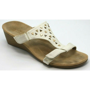 Vionic Studded T-Strap Beige Wedge Slide Sandals